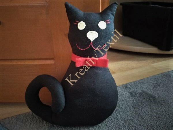Ajtótámasz cica fekete
