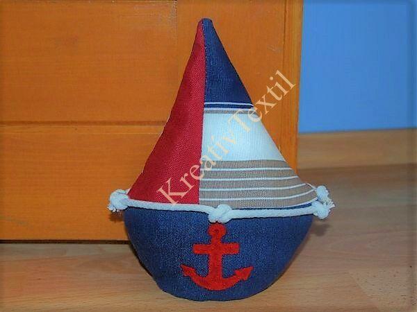 Ajtótámasz hajó