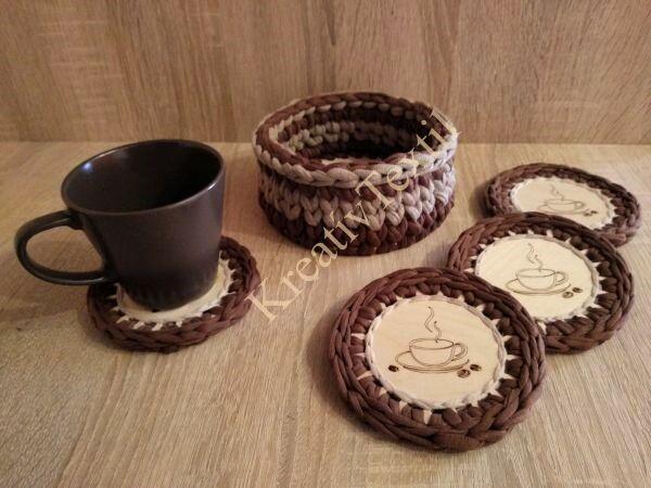 Horgolt szegélyű kávés/teás csésze alátét szett