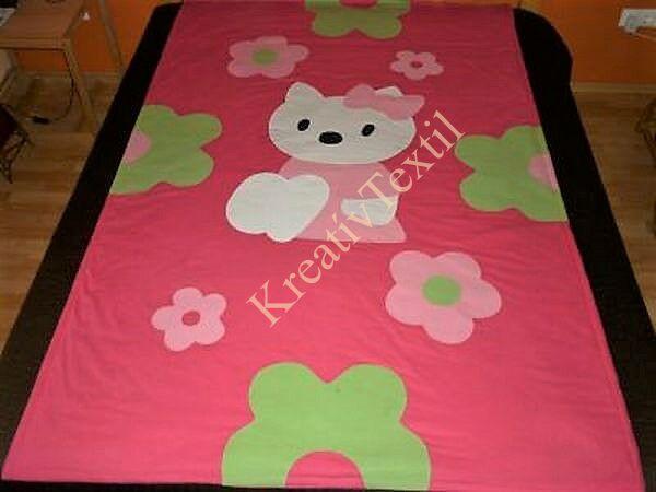 Hello Kitty ágytakaró