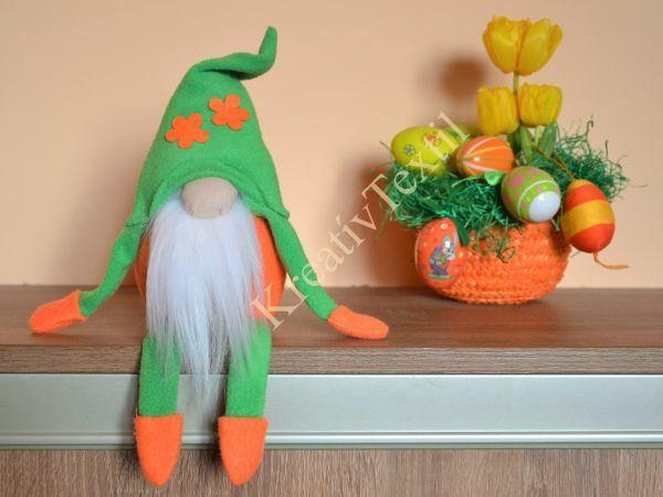 Zöld-narancs tavaszi fiú manó lábakkal