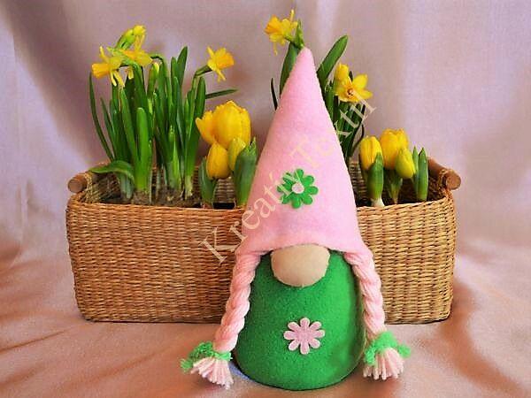 Tavaszi lány manó zöld